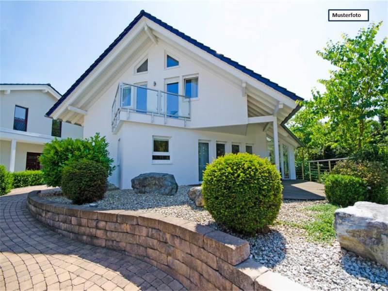 Zwangsversteigerung Einfamilienhaus mit Einliegerwohnung in 59368 Werne, Brinkhof