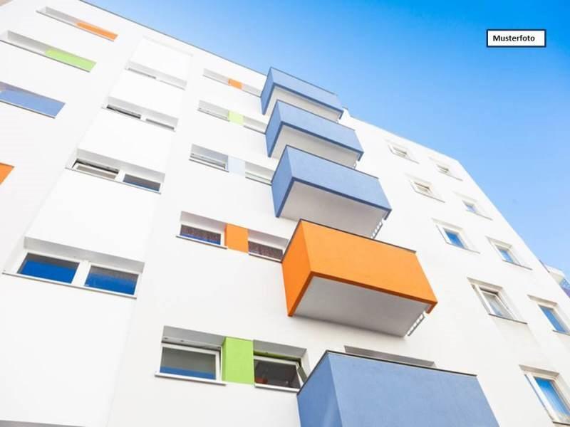 Etagenwohnung in 09126 Chemnitz, Bernsdorfer Str.