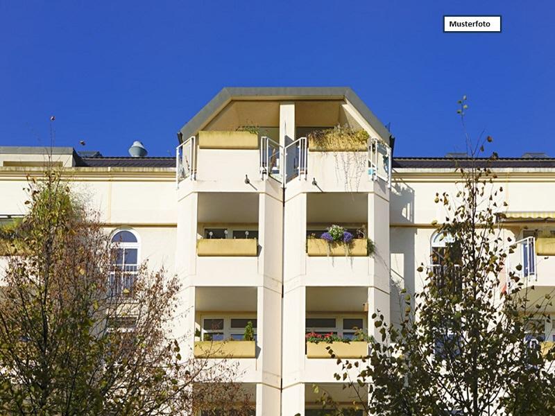 Etagenwohnung in 09111 Chemnitz, Reitbahnstr.