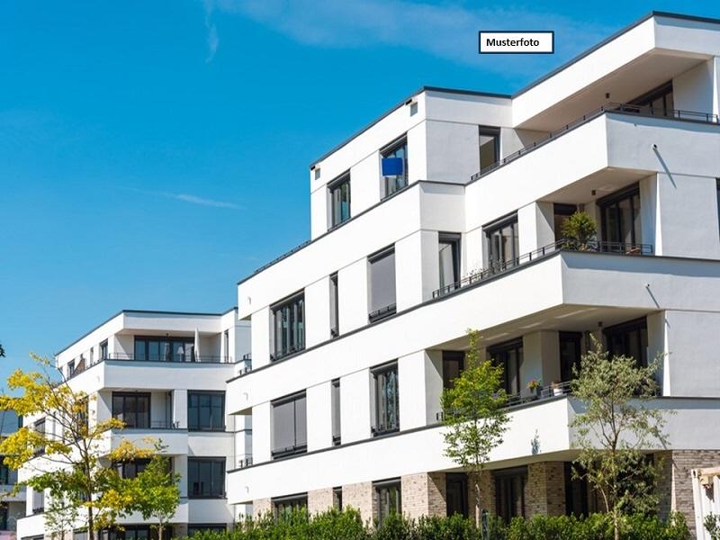 Etagenwohnung in 09130 Chemnitz, Zeisigwaldstr.