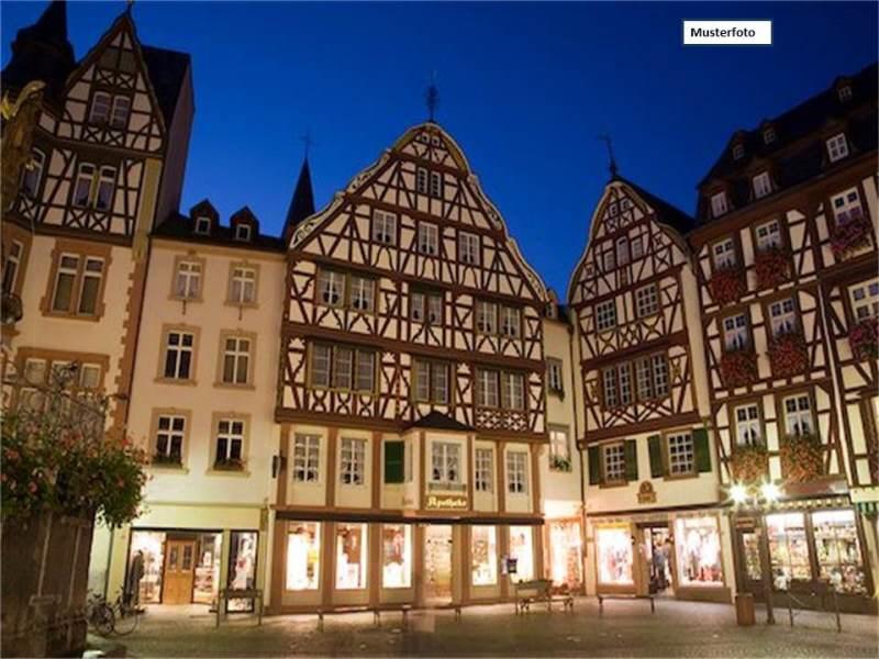 Wohn- u. Geschäftsgebäude in 08304 Schönheide, Hauptstr.