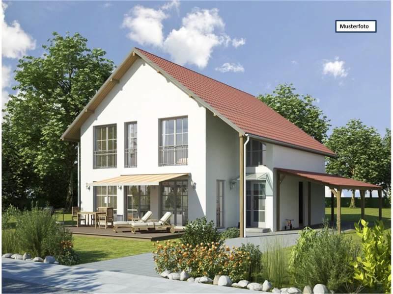 Einfamilienhaus mit Einliegerwohnung in 55595 Hüffelsheim, Im Weihergarten