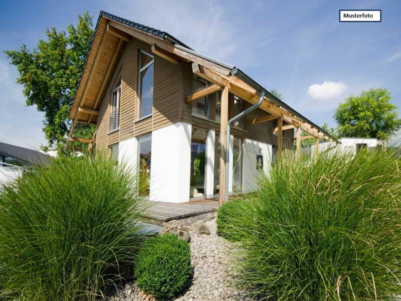 Einfamilienhaus in 33605 Bielefeld, Osningstr.