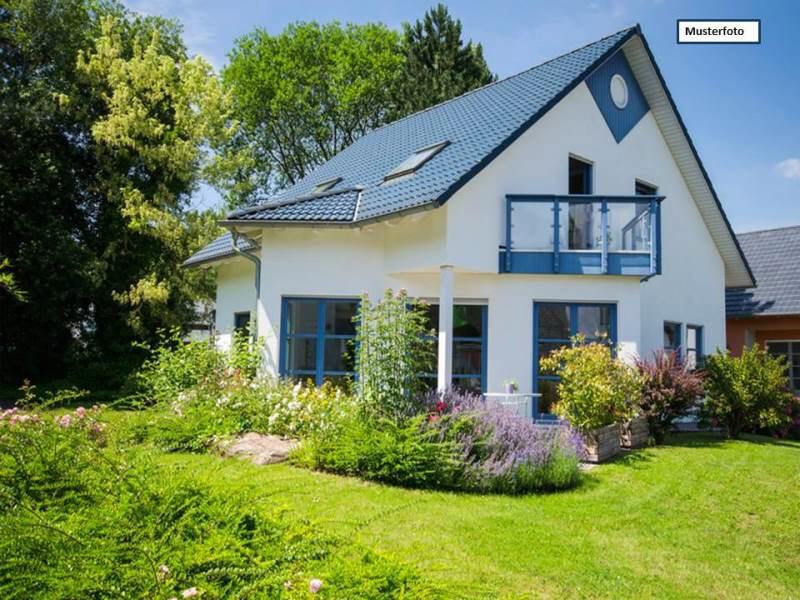 Doppelhaushälfte in 06249 Mücheln, Lauchstädter Str.