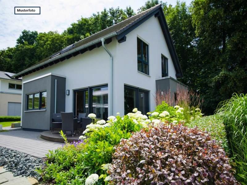 Einfamilienhaus in 33034 Brakel, Nordmauer