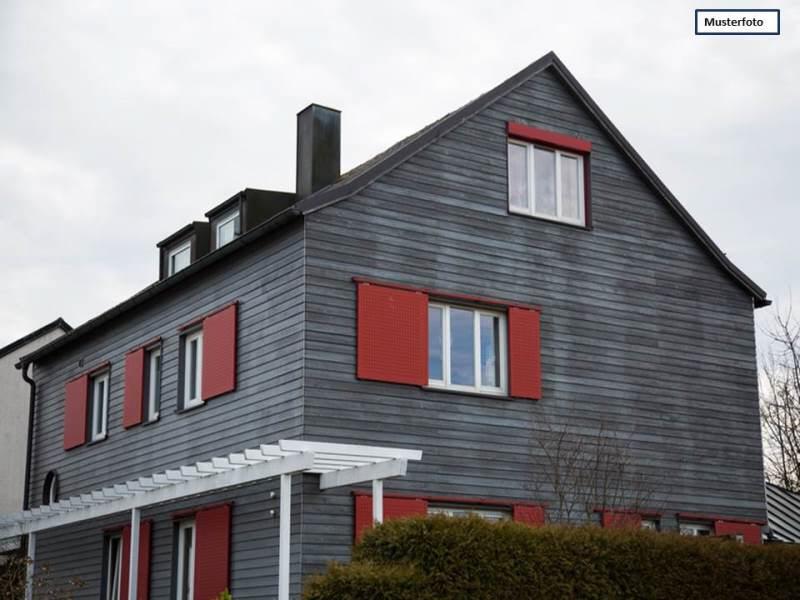Zweifamilienhaus in 42289 Wuppertal, Chamissostr.