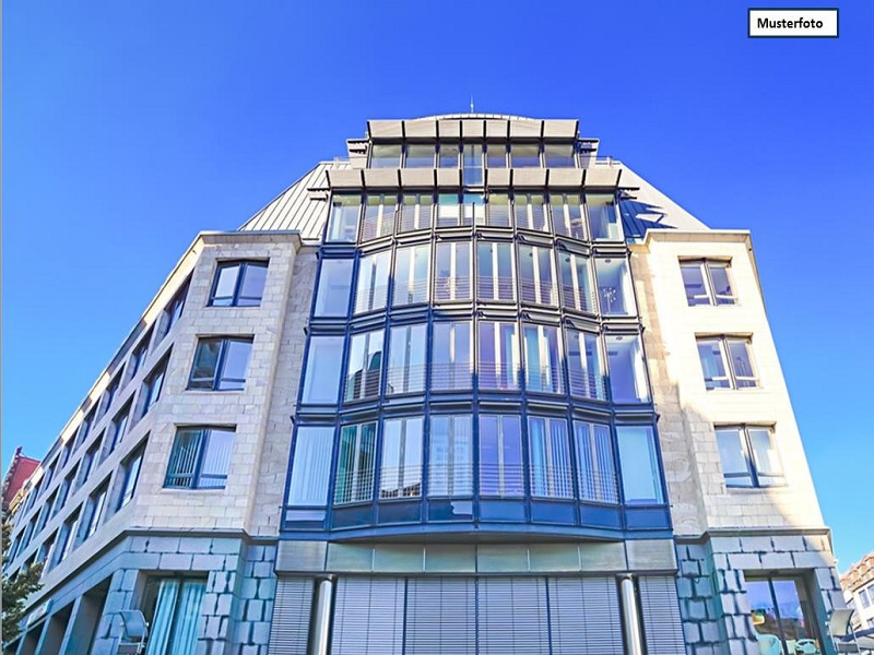 Wohn- u. Geschäftsgebäude in 96472 Rödental, Waldstr.