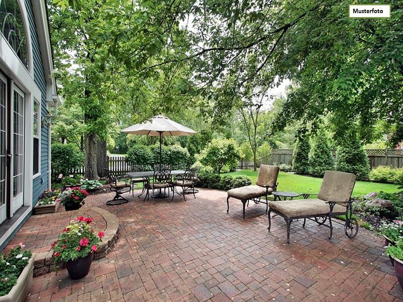 Einfamilienhaus_Gartenansicht