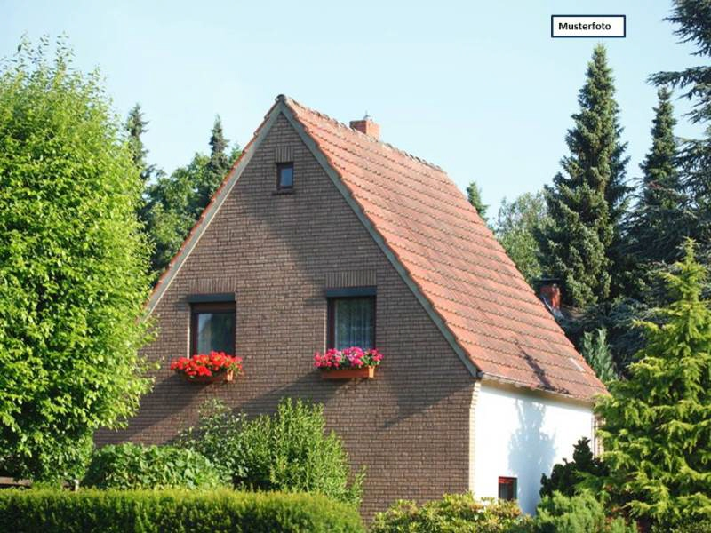 Zweifamilienhaus in 41469 Neuss, Brüsseler Str.